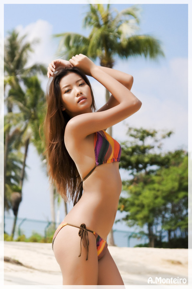 ko-samui-thai-girls