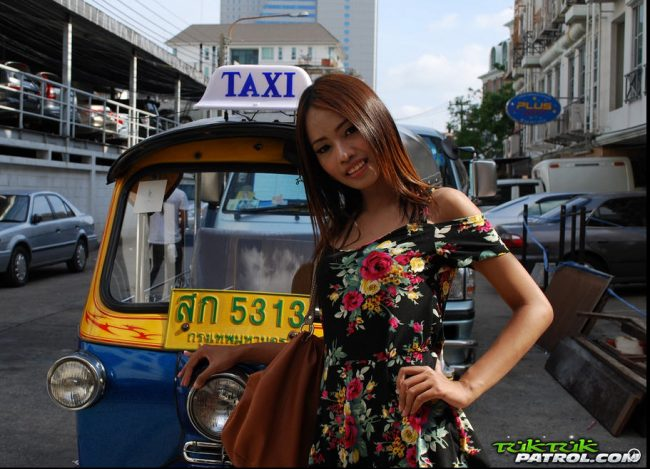 adult-entertainment-red-light-district-phnom-penh-hookers