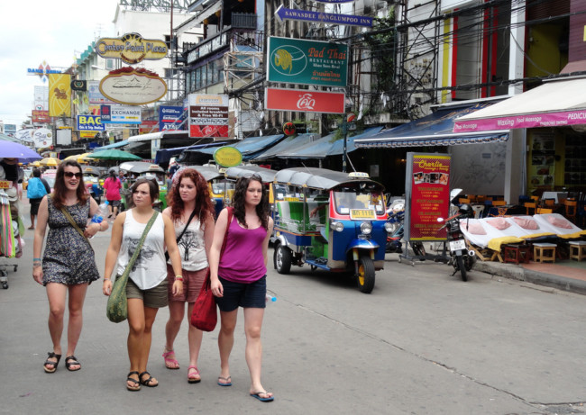 Should tourists stay on Khao San Road in Bangkok