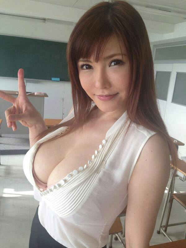 Meet good Japanese woman Tokyo seeking foreign men