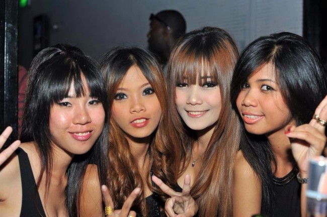 Where to meet slutty girls in Bangkok for easy sex