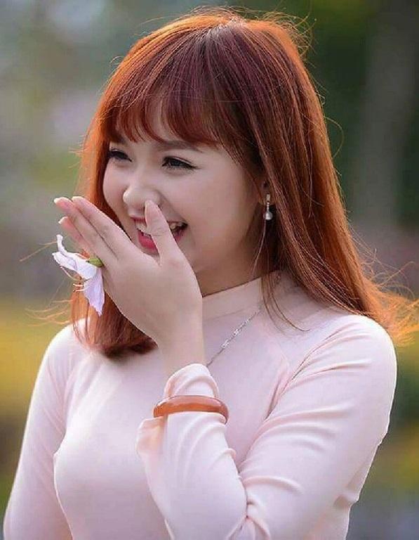 Meet sexy girls Hue Vietnam dating foreign men